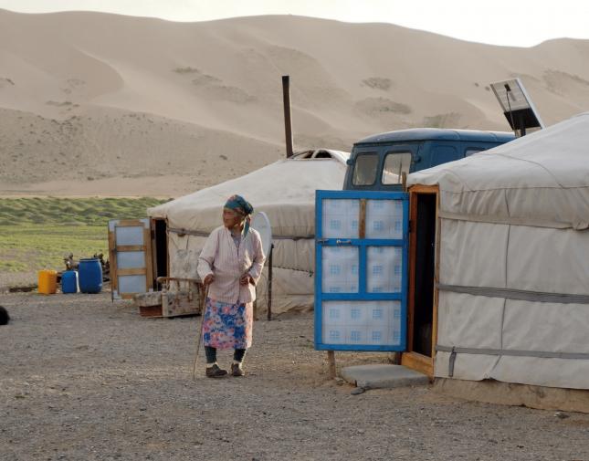 le-desert-de-gobi-mongolie-infinie-slider2